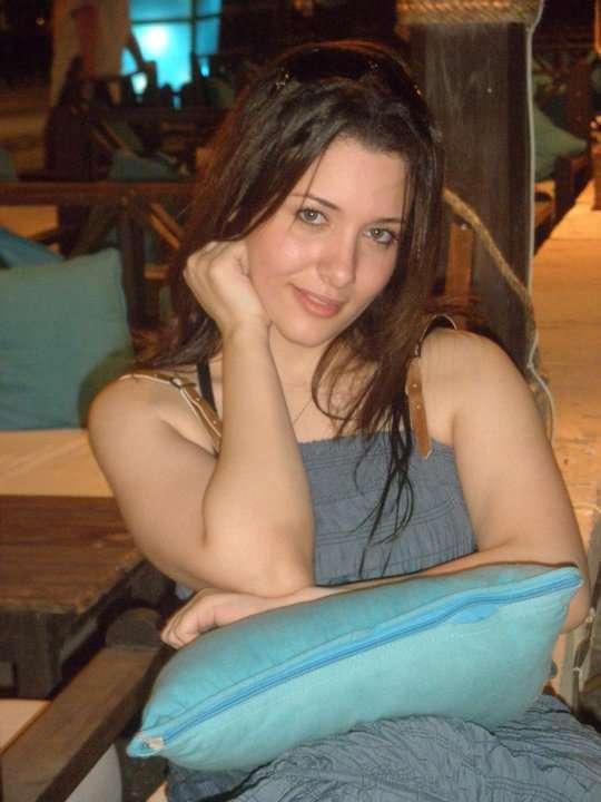 صور ندى عادل 2011 97584145.jpg